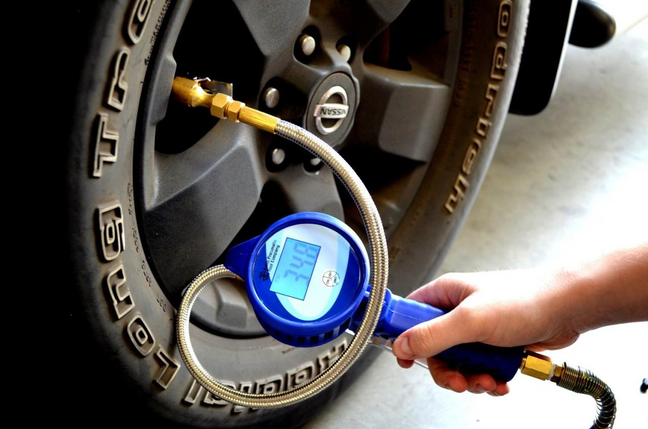 Tire Pressure Gauge : Best digital tire pressure gauges with reviews